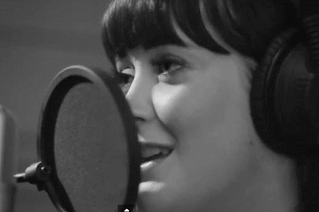Stan Walker and Ginny Blackmore sing 'Holding You' In One Acoustic Take